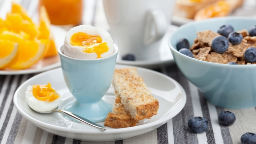 healthy breakfast with egg